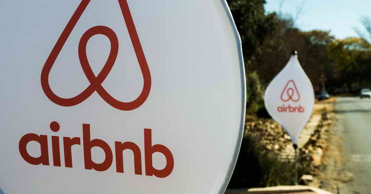 Airbnb sues New York City
